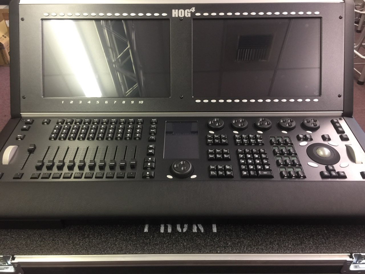 High End Systems Hog 4 Flagship Console