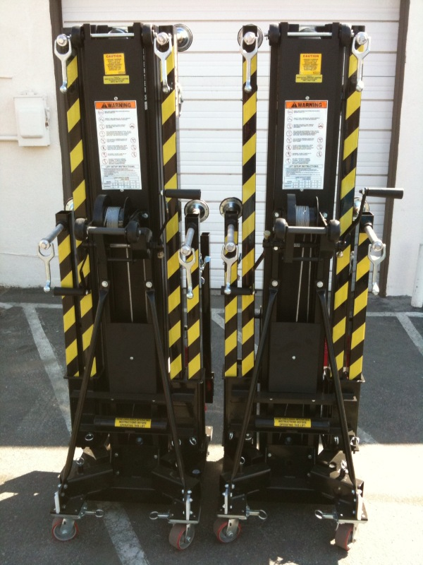 Sumner Eventer 25 Super Tower Genie Lift ST25 -Selling as a pair